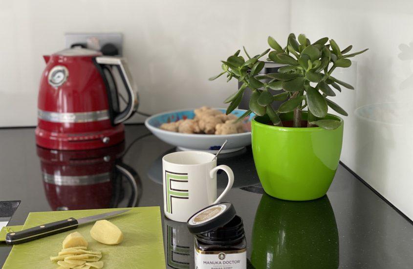 Ginger tea & Manuka Honey